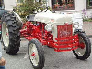 1950-Tractor-027-web