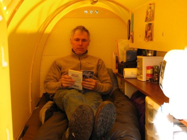 interior3reading
